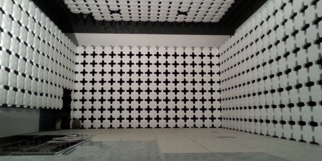 The Anechoic Chamber Guide For EMC and RF (Wireless) Testing